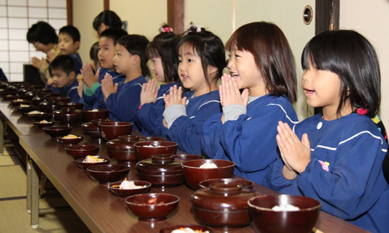 japanese eating habits and table manners 1